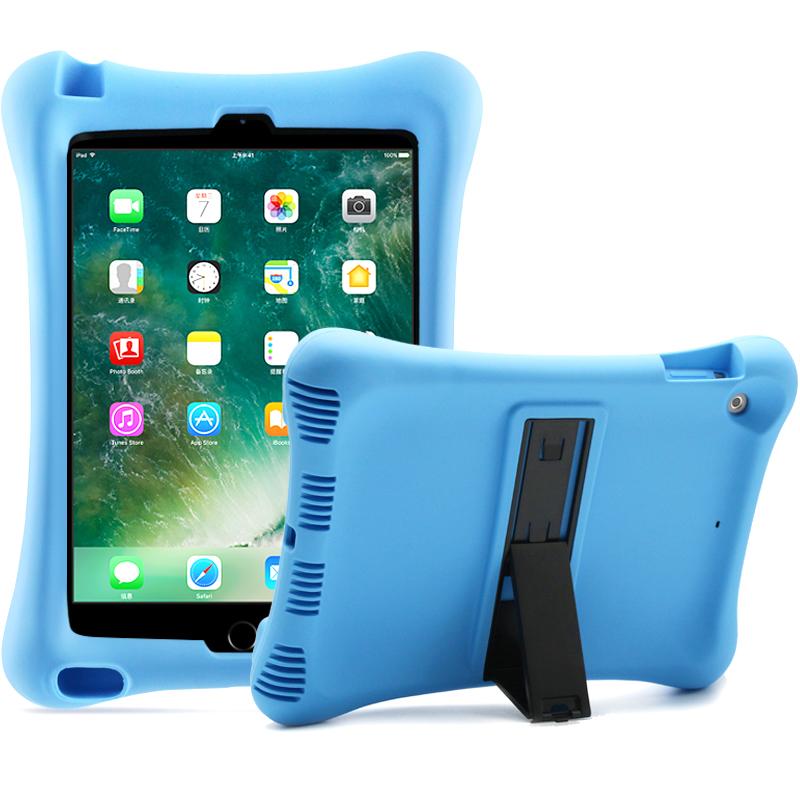 Barnfodral i silikon för iPad 10.2 / Pro 10.5 / Air 3, blå