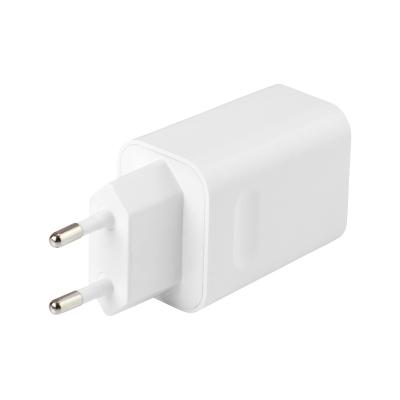 Deltaco USB väggladdare med snabbladdning, 24W, vit