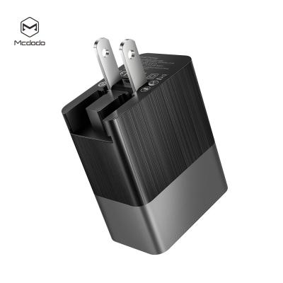 McDodo CH‑5620 Väggladdare med US/UK/EU‑plug, QC3.0, 18W, svart